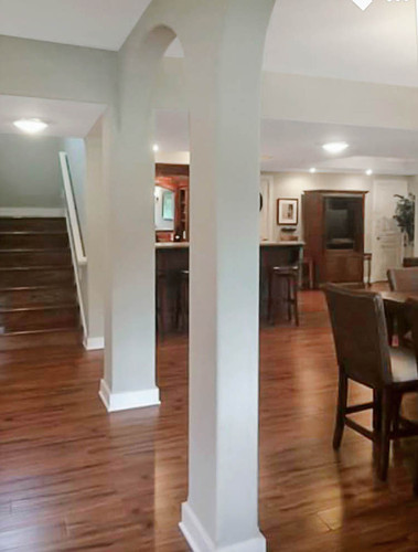 51 Entertaining Living Area Lower    lev