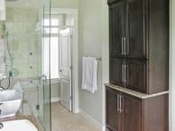 46 Master Bath.jpg
