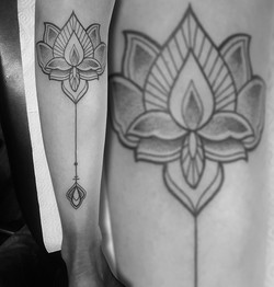 Martin_Tattooer_Zincik_-_Lotus_geometry_dots_dotwork_tetování_Praha_Brno_BIG