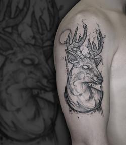 Tattoo Zincik - Deer with tree