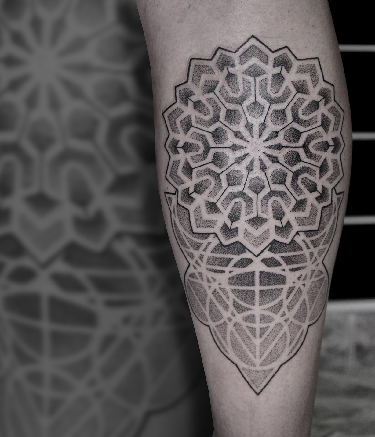 Tattoo Zincik - Mandala geometry 001