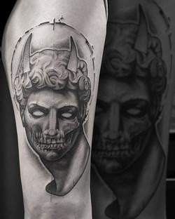 Tattoo Zincik - Statue devil 001