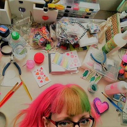 Lisa Richards colourful artist art crafts