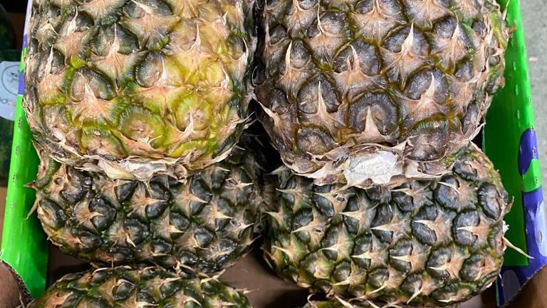 Pineapples - Extra Sweet