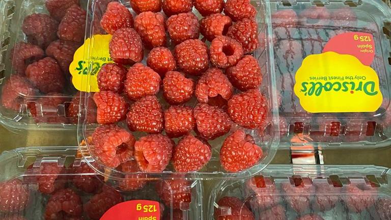 Raspberries x 125g