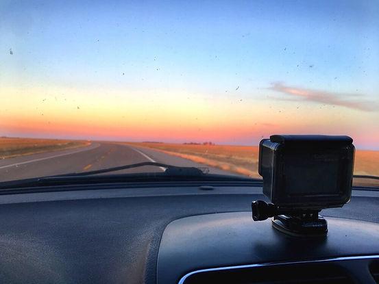 road-trip-gopro-dash-cam_t20_g8x98b (1).