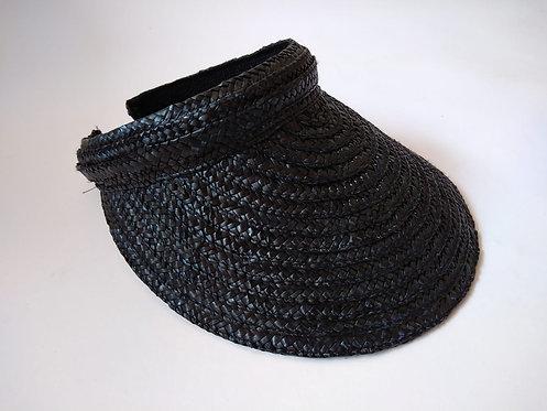 כובע קש שחור