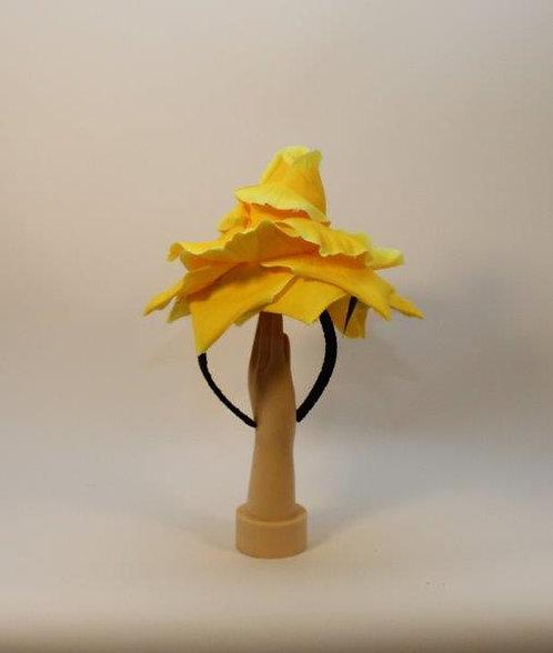 קשת שושנה צהובה