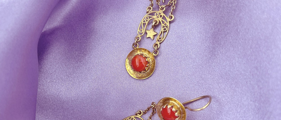 Coral witchy earrings