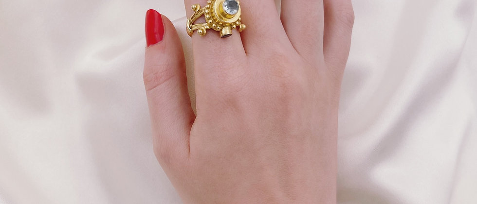 Incredible aquamarine and amethysts ring