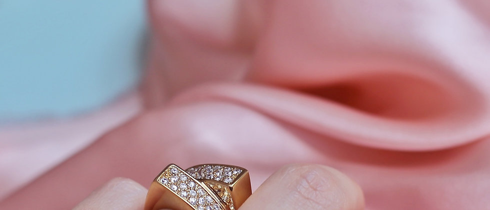 Architectural shiny 18kt goldplated silver ring