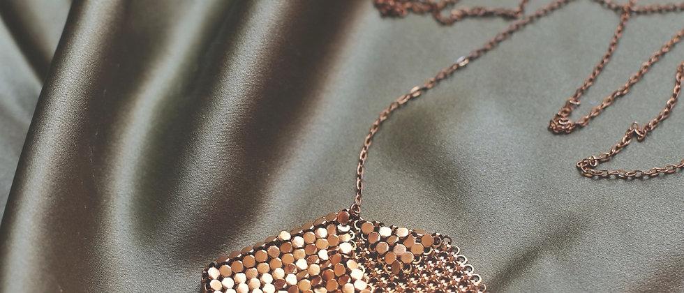 Paco Rabanne style mesh secret pocket necklace
