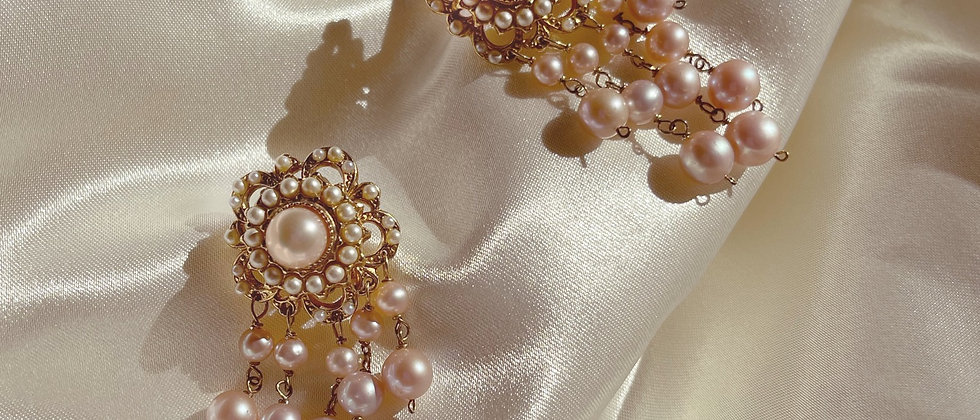 Pearly fringed earrings