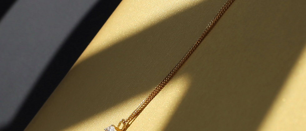 Crystal and 18kt gold 90s necklace
