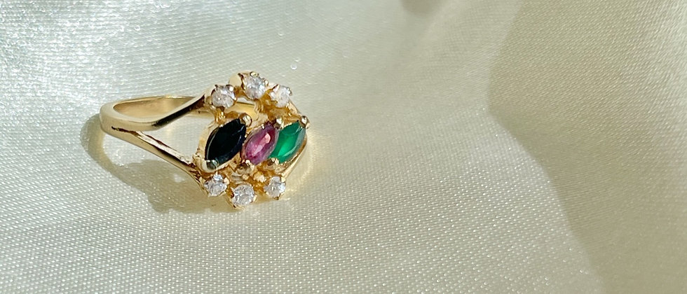 Lovely 18kt gold-plated ring ornated with colored petals