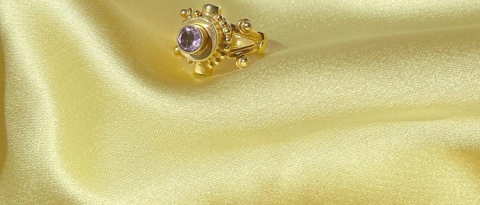 Incredible amethysts and peridot ring