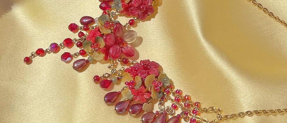 Colleen Toland 80s floral necklace