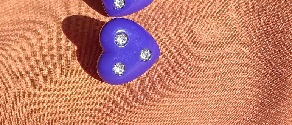 Trendy purple heart clips