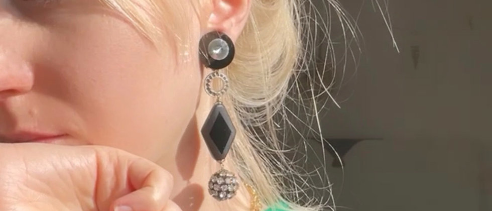 Remarkable trendy 80s earrings