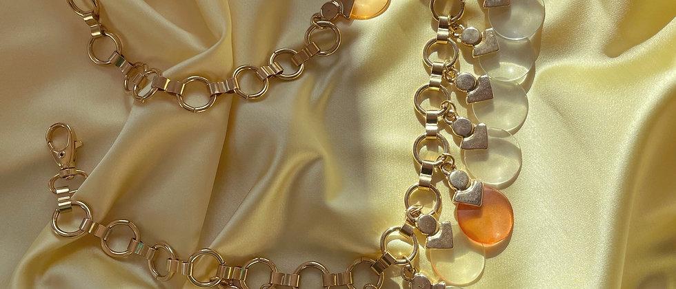 Pendants golden belt