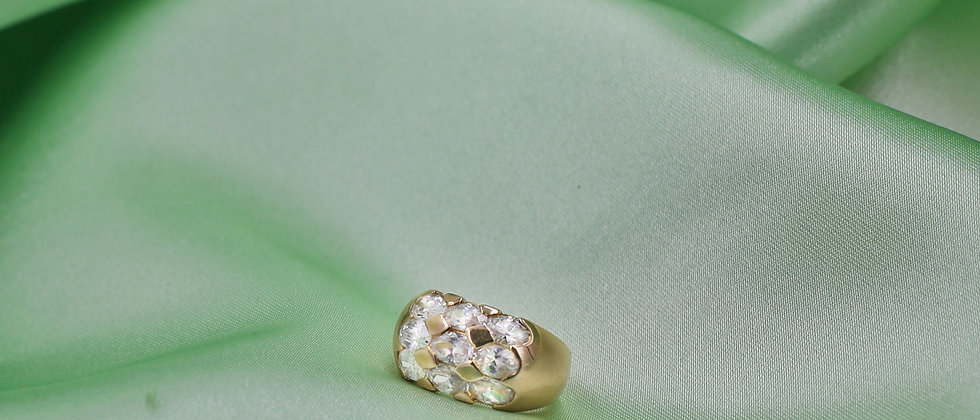 18kt gold-plated ring with nine stones