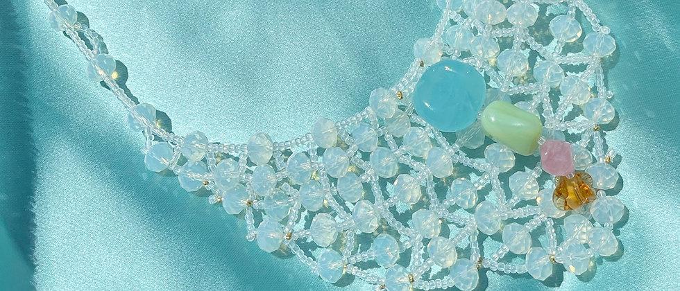 Pastel vintage pearls necklace