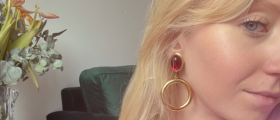 Golden and red cercles earrings