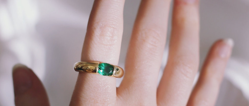18kt gold-plated silver green band ring