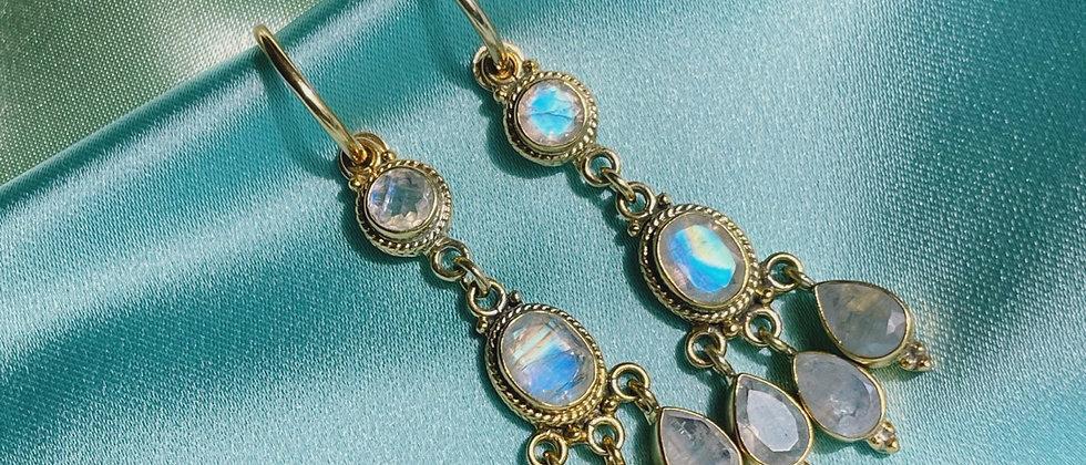 Magical moon stones earrings