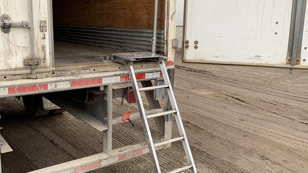 Straight Truck Ladder