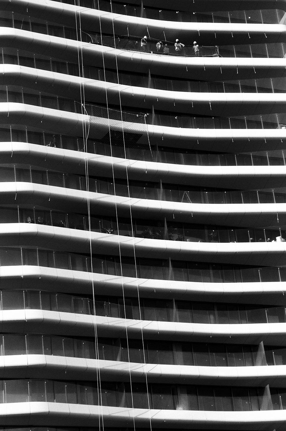 Building Barcelona.JPG