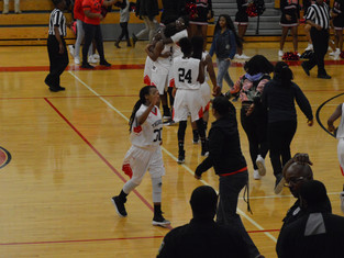 Therrell Panthers Climb Out of 14 Point Deficit, Defeat Douglass Astros 47-45