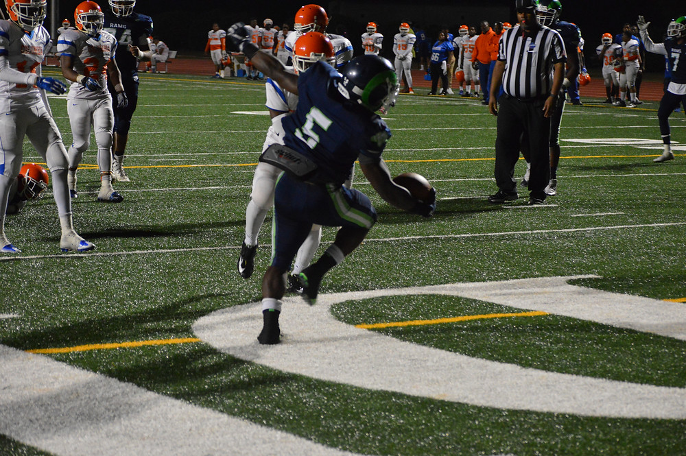 #5 Brandon Snowball rumbles his way to end zone for 6