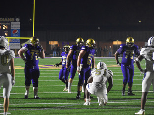 Indians Escape Cougars' Final Attack, East Coweta Holds Off Newnan For Region Title And No. 1 Seed