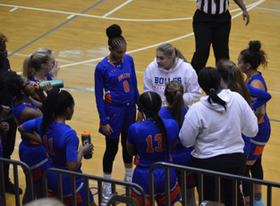 Bulldogs Take Down Knights As Bolles Defeats Pace Academy 49-37