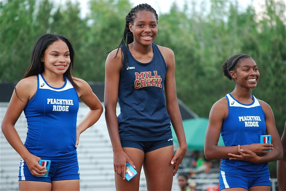 Morgan Iverson (center) - Photo Credit: Will Hammock