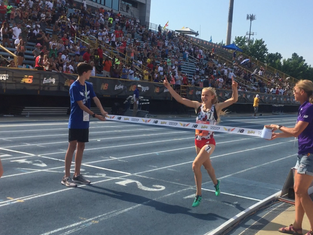 Katelyn Tuohy Does It Again, Sets New National Record For Outdoor Mile