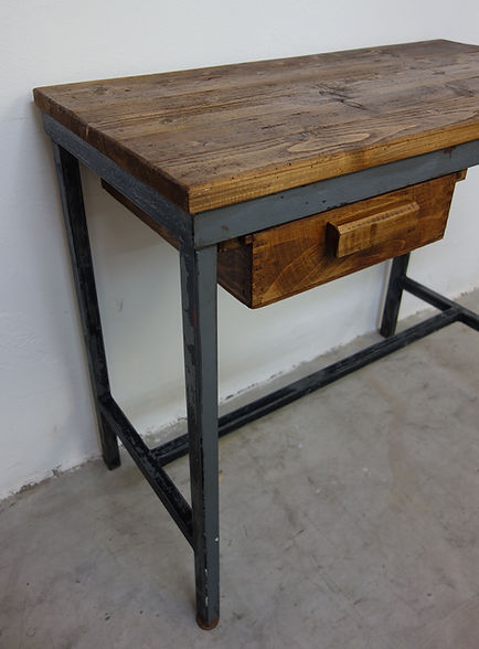 22505_Vintage_Industriedesign_Schreibtis