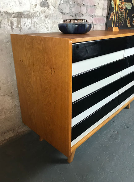 34402_Vintage_Mid_Century_Sideboard_Jiri