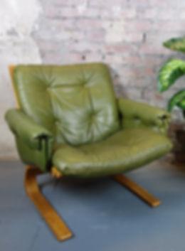 25710_Kengu_Lounge_Chair_Elsa-und_Nordah
