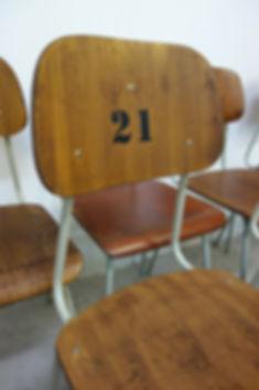 20702_Vintage_Stuehle_Schulstuehle_Bar_C