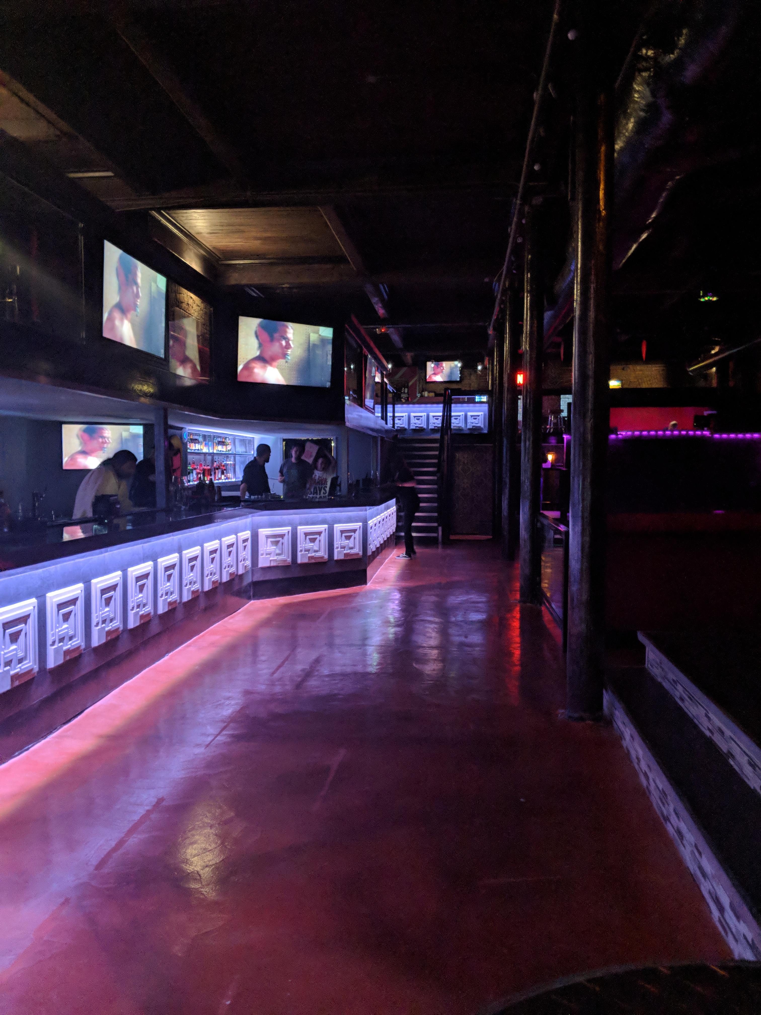 Etro Nightclub   Houston   80s Music