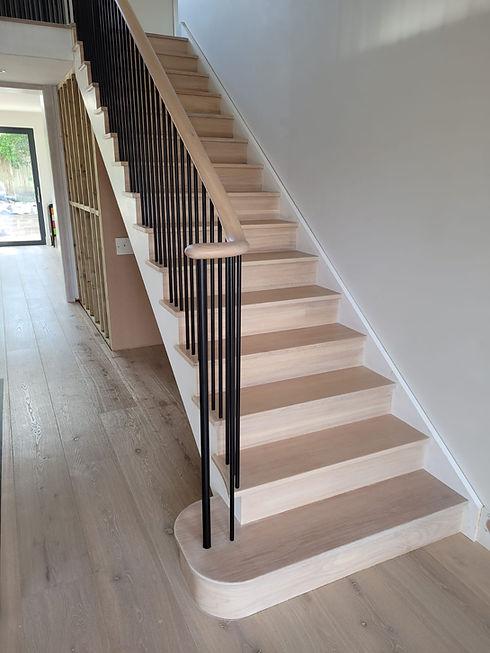 multiturn-cut-string-stairs-metal-spindl