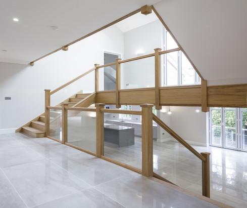 Quality Oak & Glass Stairs