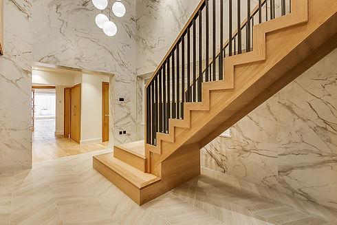 hardwood-stairs-with-metal-balustrade-sm