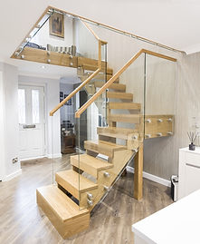 oak-stairs-with-glass-balustrade1.jpg