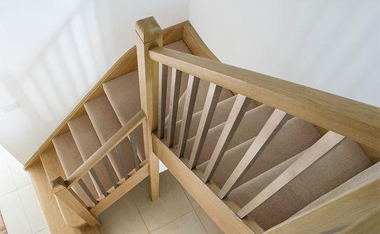 Multiturn-oak-balustrade-metal-spindles-