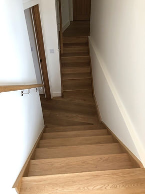 multiturn-hardwood-staircase-kent.jpg