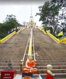 Wat Khao Takiap 5.jpg