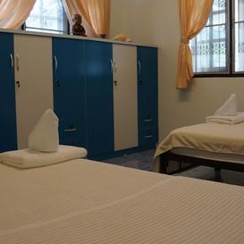 Hypnok Center hua hin twin room